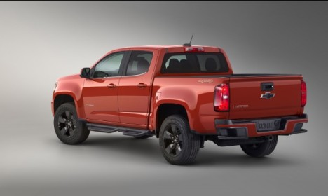 2015-Chevrolet-Colorado-GearOn-Edition-2