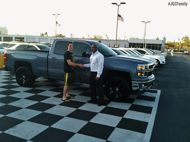 03-26-15-Sharod-2015-Silverado-Lease-Lucas-Jeff-Gordon-Chevrolet-250520