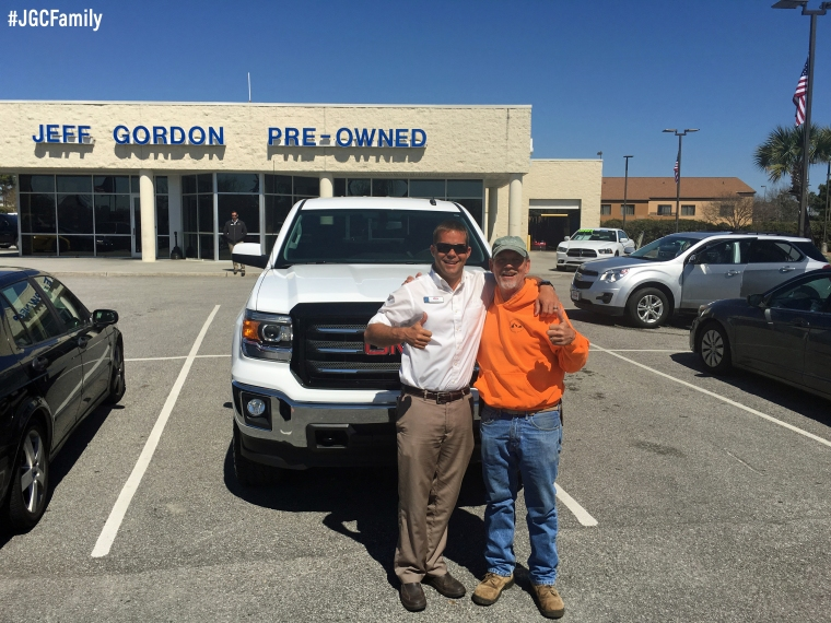 032216 - CW - 2014 GMC Sierra - 2014 Chevy Silverado - Jeff Gordon Chevrolet PreOwned - Wilmington NC - 230778