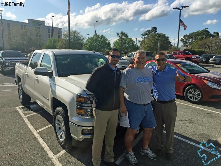 040216- CW-AV - 2014 Chevy Silverado 1500 - Jeff Gordon Chevrolet PreOwned - Wilmington NC - 67508