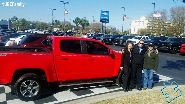 040516 - RP - Red Hot 2016 Chevrolet Colorado - 2000 Corvette - 2007 Toyota Camry - Jeff Gordon Chevrolet - Wilmington NC - 271707