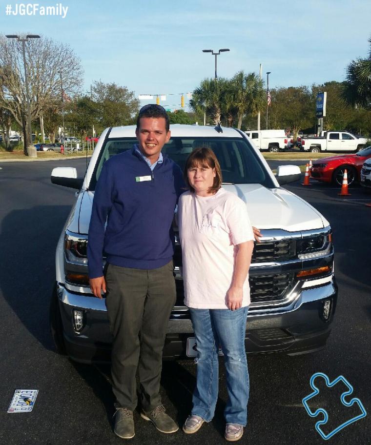 041616 - JC - 2016 Chevrolet Silverado 1500 2WD - 2014 Jeep Cherokee - Jeff Gordon Chevrolet - Wilmington NC - 272300