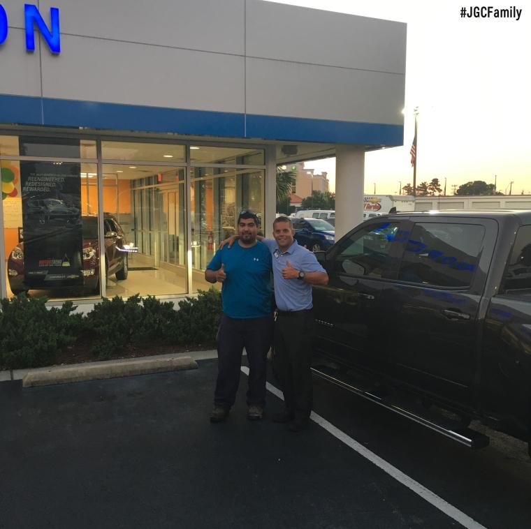 060816 - CW - 2016 Chevrolet Silverado 1500 - 2006 Nissan Frontier - Chevy Truck Month - Jeff Gordon Chevrolet - Wilmington NC - 275068