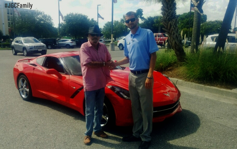 080816-kd-certified-2014-chevy-corvette-c7-stingray-2009-bmw-z4-jeff-gordon-chevrolet-preowned-wilmington-nc-249458