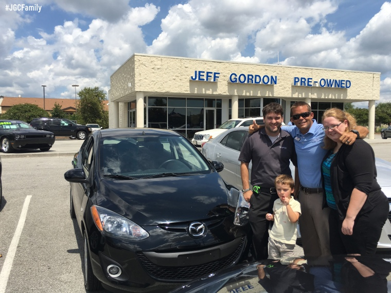 081916-cw-2011-mazda-2-jeff-gordon-chevrolet-preowned-cars-leland-nc-wilmington-nc-279183