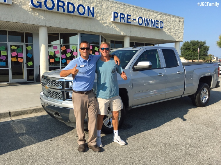 082716-cw-2014-chevy-silverado-1500-2005-jeep-grand-cherokee-jeff-gordon-chevy-preowned-wilmington-nc-uncw-279583