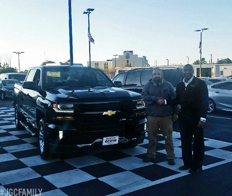 021317 - SW - 2017 Chevrolet Silverado 1500 Crew Cab Z71 All-Star Edition - Jeff Gordon Chevy Truck Month - Sneads Ferry NC - Wilmington NC - 287814