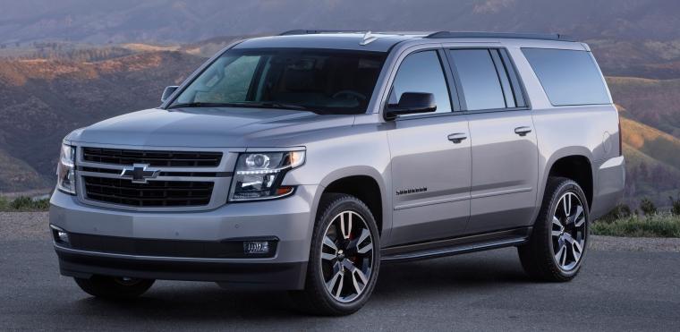 2019-Chevrolet-Suburban-RST-001.jpg