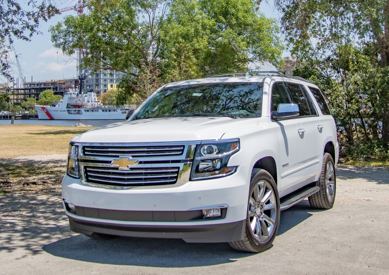 DU2341 2019 Chevrolet Tahoe Premier Summit White